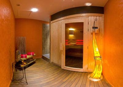 vue d'ensemble du sauna spa coraline